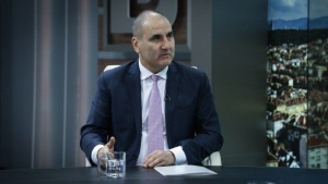 Президентът Румен Радев завижда на премиера Бойко Борисов за външнополитическите