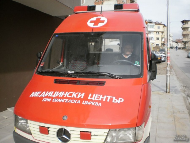 Движещ се на заден ход камион уби 70-годишен в Сандански