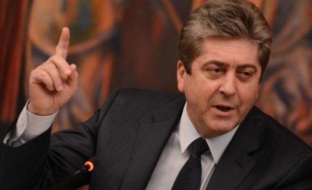Първанов: Гърция и Македония се договарят за сметка на България