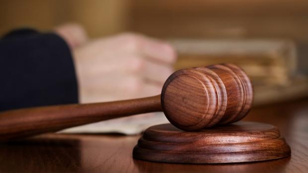 18-годишна майка на съд за убийството на малолетната си дъщеря