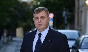 Каракачанов: Няма основание оставката на Петкова да бъде приета
