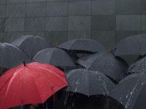 Днес през страната ще премине средиземноморски циклон и свързания с