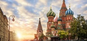Постоянно обновявайки резултатите от вчерашните президентски избори, всички руски вестници