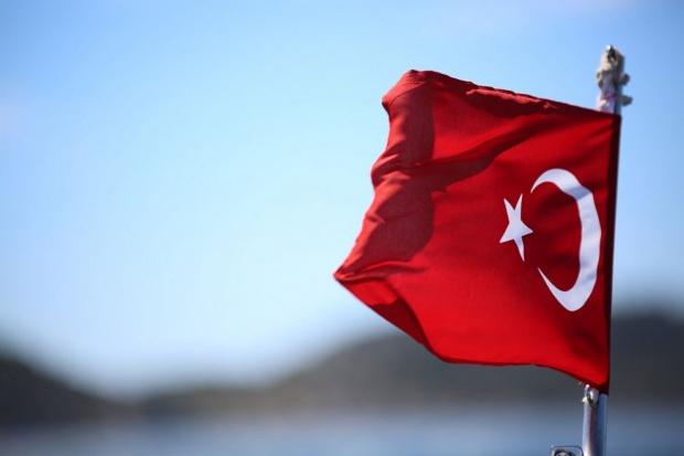 Забраниха над 200 песни в Турция