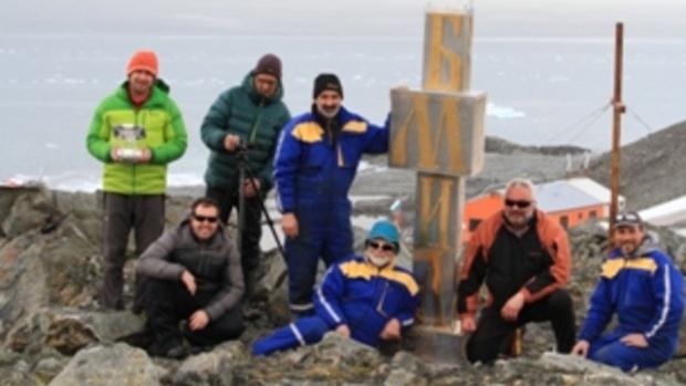 Паметник на кирилицата в Антарктида