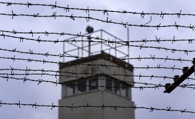 Синдикат на служителите в затворите в България настоява за среща с премиера