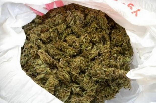 Над 10 кг марихуана откриха на граничния пункт във Видин