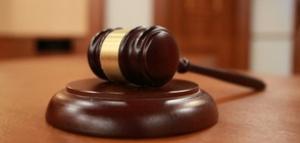 Мъжът, обвинен в блудство с първокласнички в столично училище, остава
