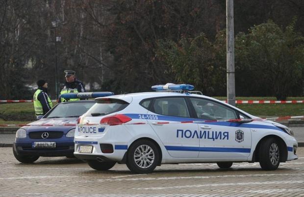 Арестуваха полицаи в София, изнудвали наркозависими