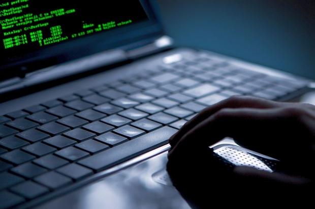 """Кибер вирус """"Сталин"""" атакува компютри и унищожава информация"""