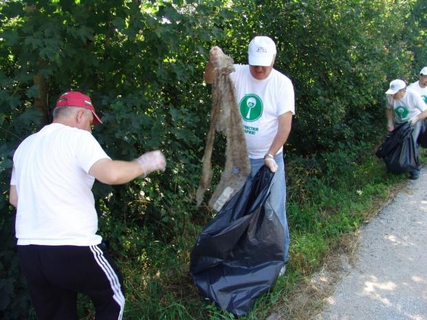 70% от софиянци: Градът е мръсен! Само 1% чистят