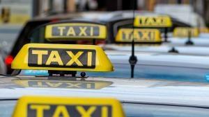 Отново агресия на пътя: Колоездач удари шамар на таксиметров шофьор