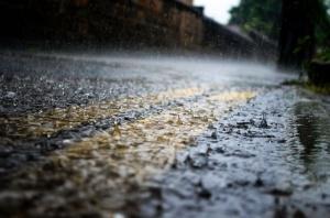 За опасност от поройни наводнения в резултат на интензивните валежи