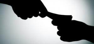 Селски кмет беше арестуван с подкуп. Белезниците щракнаха на ръцете