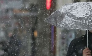 Вследствие на падналия обилен дъжд снощи в столицата служителите на