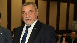 Вицепремиерът Валери Симеонов не е съгласен с приетата оставка на