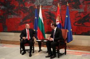 Президентът на Сърбия Александър Вучич посрещна българския държавен глава Румен