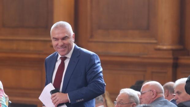 Марешки подава сигнал в прокуратурата срещу Каракачанов