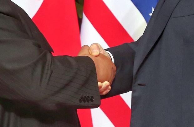 След срещата с Тръмп: Ким Чен-ун се върна в Северна Корея