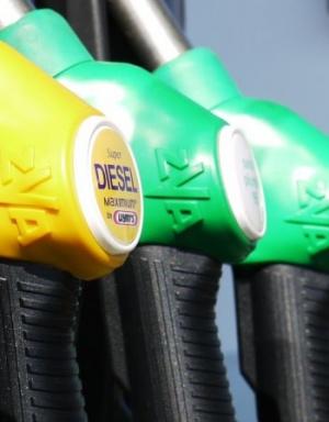 Търговците на горива искат наказателна процедура заради новия закон