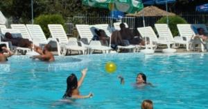 Проверката на чистотата в откритите плувни басейни в София показва
