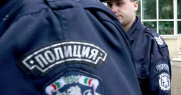 Полицай стана случаен свидетел на грабеж и задържа престъпниците в столичния кв. ''Люлин''