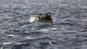 Морето изхвърли телата на две деца. Третото все още се търси