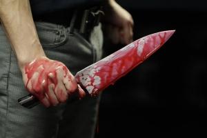 Мъже бил ранен в гърба с ножвъв Велико Търново, съобщиха