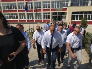 Министър-председателят Бойко Борисов посети ремонтираната Професионална гимназия по селско и
