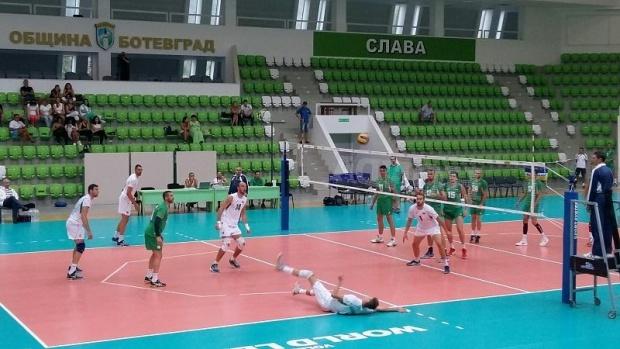 Волейболните национали с демонстрационен мач в София
