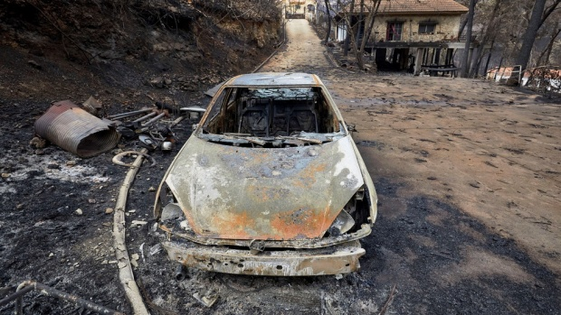 ПОЖАРИ В ИСПАНИЯ: 3 хил. души са евакуирани, унищожени са хиляди хектари