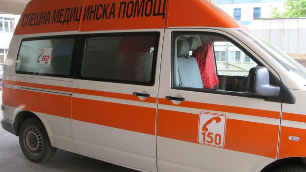 Две деца и бременна пострадаха край Старо Оряхово