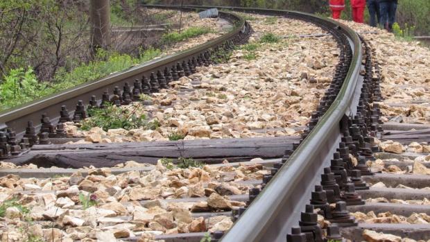 Влак дерайлира в Румъния