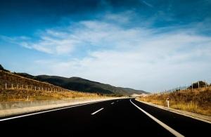 АПИ с важна информация за движещите се по път I-1 Ботевград - София