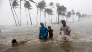 50 станаха жертвите на тайфуна Мангхут във Филипините