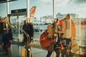 Над 100 полета са отменени днес на холандското летище