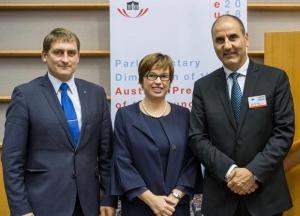 Председателят на парламентарната група на ГЕРБ Цветан Цветанов бе избран