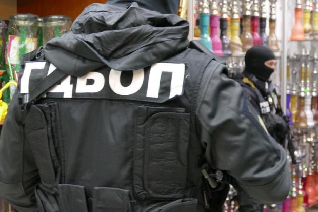Претърсват офиси на фирми в София по разследване за пране на пари