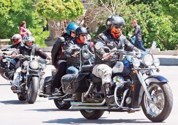 За трета поредна година в 13 града на страната бе отбелязан Денят в памет на загиналите мотористи