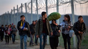 Солун се превърна в център на пристигащите нелегални мигранти от
