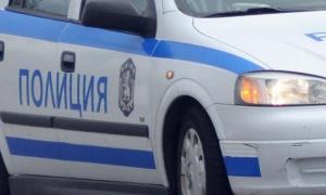 Трима младежи са извършиливандалски действия в монтаското село Трайково. Във