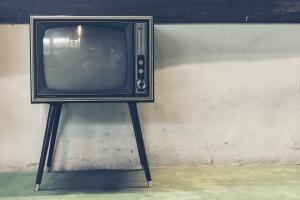 """Възобновено е излъчването на телевизия """"Алфа"""". Програмата на телевизията бе"""