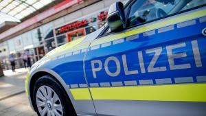 Двама души са убити и двама полицаи – ранени, при