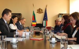 През месец април 2019 г. министрите на здравеопазването на Р