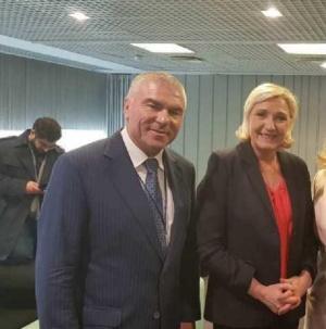 На конференция в Народното събрание лидерът на френския