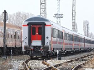 Към момента движението на влаковете в страната се извършва в