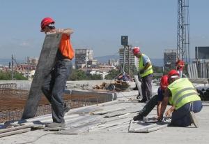 Строителният браншще протестира зарадиуронването на авторитета мус твърдения занекачествено строителство