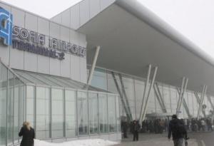 На летище София обстановката е пред хаос. Това съобщи Novini.bg,
