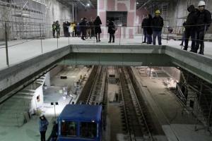 Със стъклени преградни врати ще бъдат новите метростанции. Те ще