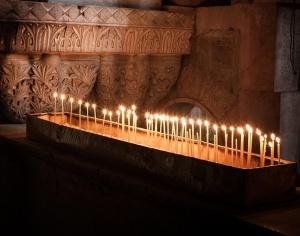 Православната църква, след тържеството в чест на великите свещени събития,